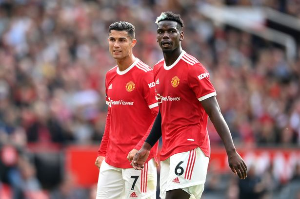 Paul Pogba might to sign a new contract with Manchester United